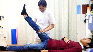 足の挙上テスト検査坐骨神経痛