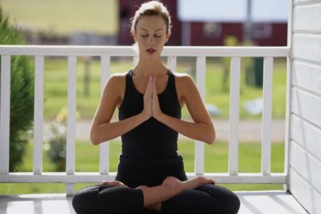 yogaヨガあぐら胡坐