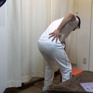 身体起こし腰痛01