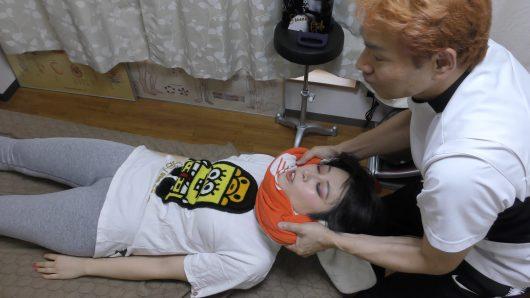 モデルは星詩依奈さんで彼女のチャンネルはfoodiesheena